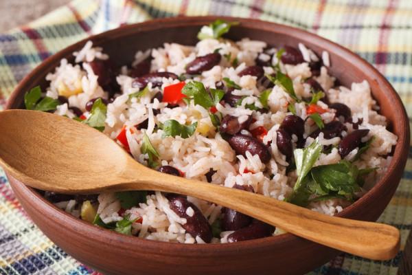 Постный рис с фасолью