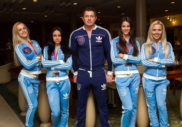 Владимир Самсоненко со своей командой