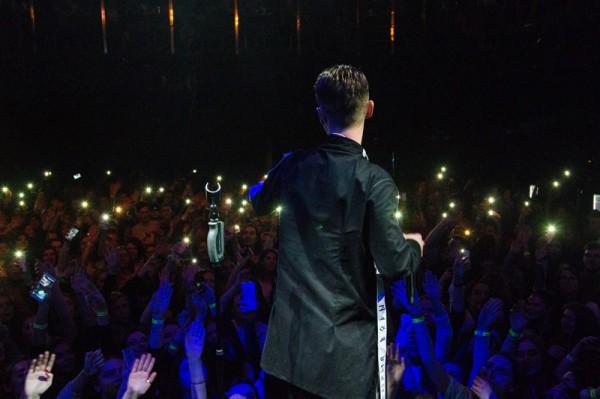 Фото с концерта Артема Пивоварова