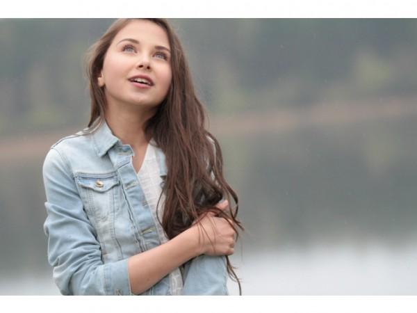 София Тарасова показала дебютный клип