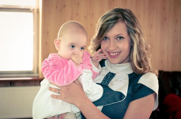 Света вместе с дочкой Ритой