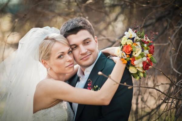 Звезда Универа развелась с мужем