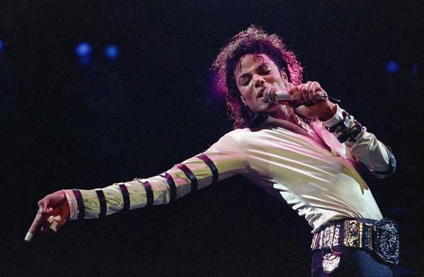 Майкл Джексон назван самой богатой умершей знаменитостью