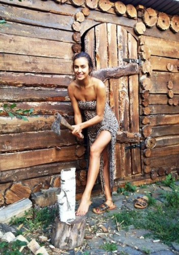 Ирина Шейк в родном городе