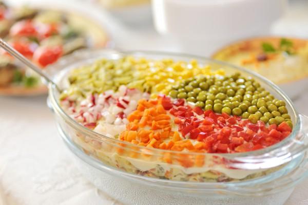 салат рецепты с кукурузой