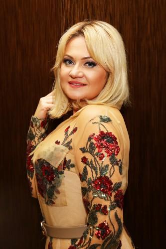 Платье в украинском стиле от дизайнера Анны Бабенко