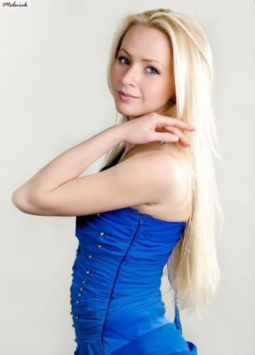 Победительница шоу Голос країни 3 Анна Ходоровская