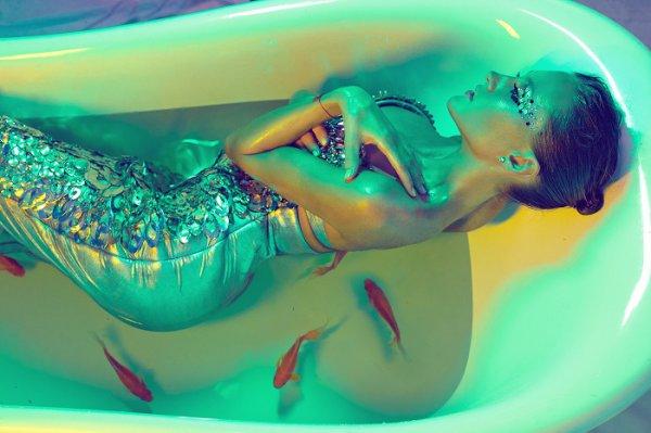 Ева Бушмина в образе сексуальной русалочки