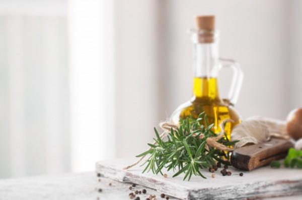 Оливковое масло с пряными травами