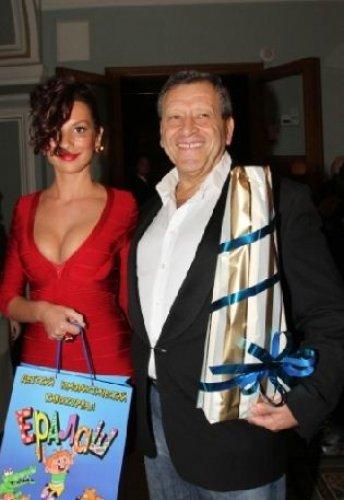 Борис Грачевский обожает юных девушек