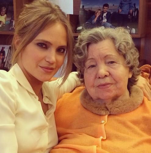 Наташа Ионова похвасталась фото с бабушкой