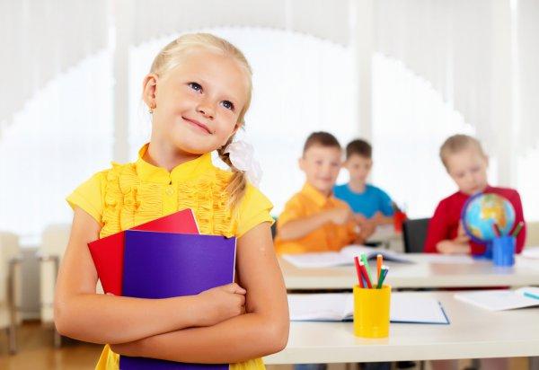 Чтобы начало учебного года не стало для твоего ребенка стрессом, меняй режим ребенка за две недели до начала учебы
