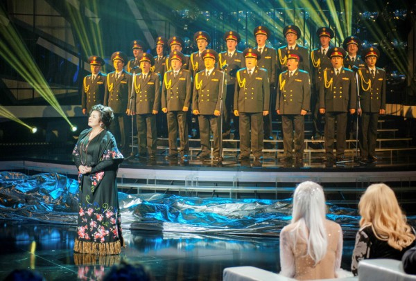 Могилевская перевоплотилась в Людмилу Зыкину для выступления