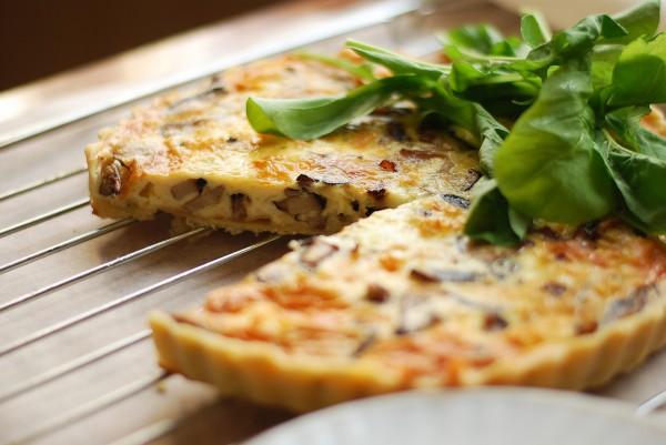 Рецепт                  Пирог с шампиньонами и сметаной