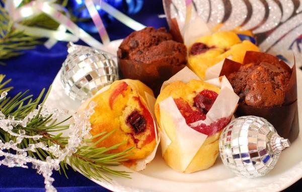 Рецепт                  Новогодние кексы с вишней и ванилью