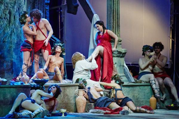 Сцена с премьеры спектакля Тангейзер в Новосибисрком театре оперы и балета
