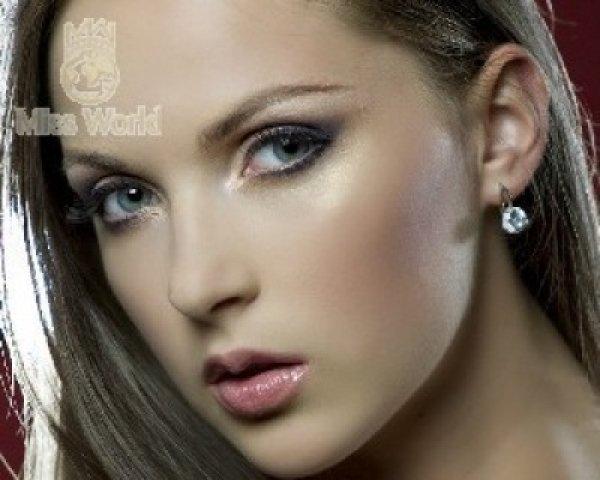 Официальные фото Ярославы Курячей на сайте конкурса Мисс Мира