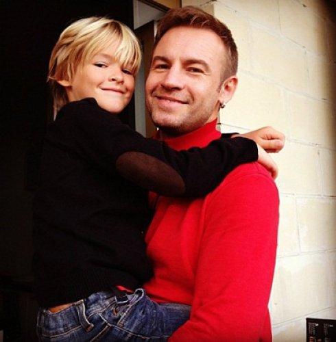 Сын Ирины Дубцовой Артем и его папа – солист группы Plazma Роман – часто видятся друг с другом