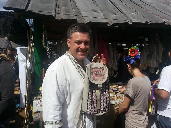 Олег Тягнибок на Сорочинской ярмарке