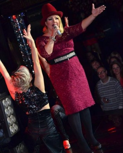 Толстая Ева Польна дала концерт