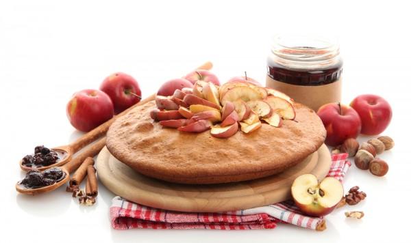 Пирог с яблочным вареньем