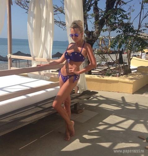 Яна Рудковская отдыхает в Сочи