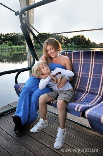 Беременная Ирина Дубцова показала фото в купальнике