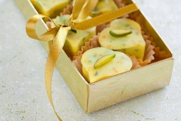 Десерт на День святого Валентина из белого шоколада