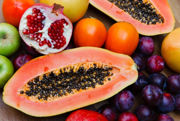 Папайя известна под названием дынное или хлебное дерево