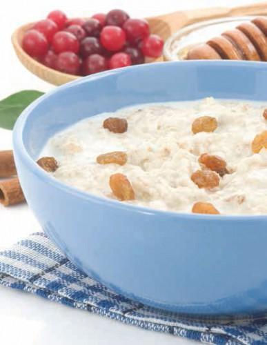 Овсяная молочная каша с сухофруктами – рецепт приготовления