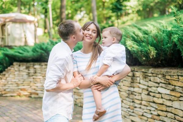 Катя Павлюченко с семьей фото