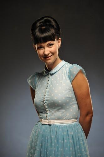 Нонна Гришаева покупает одежду в Одессе