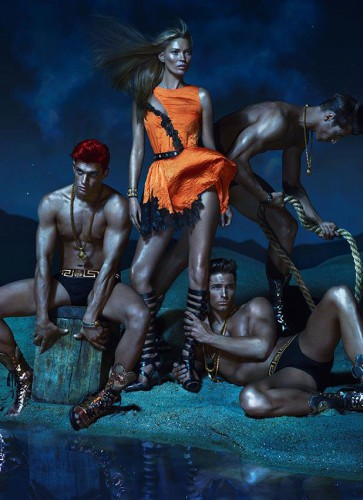 Кейт Мосс в рекламной кампании Versace