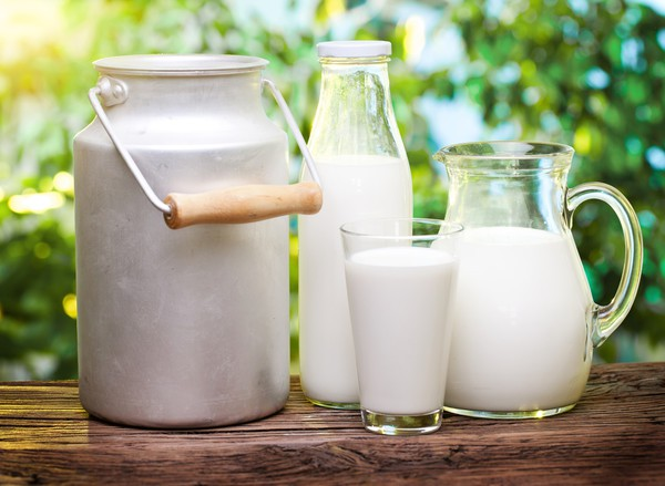 Молоко може привести до появи акне