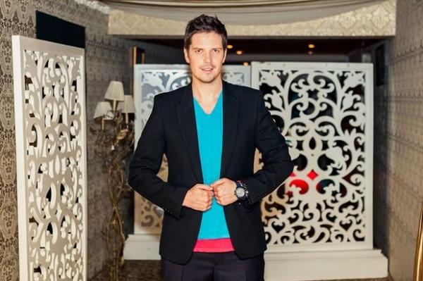 Даниил Грачев был ведущим программы Богиня шоппинга на телеканале ТЕТ