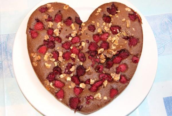Брауни с малиной на День Валентина