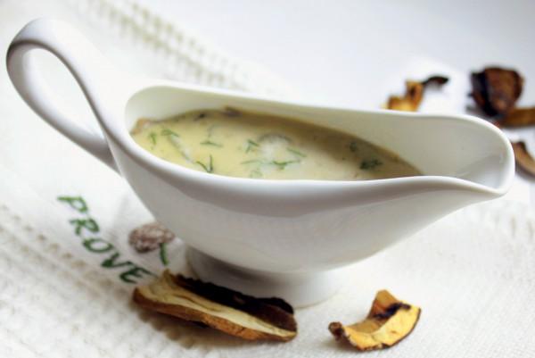 Рецепт                  Соус из сушеных белых грибов