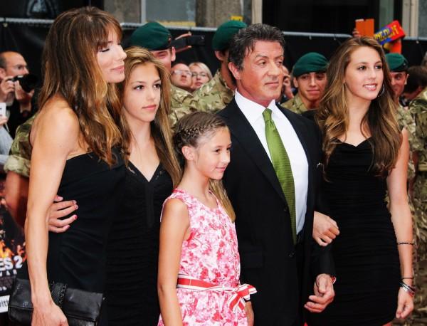 Сильвестр Сталлоне со своей семьей