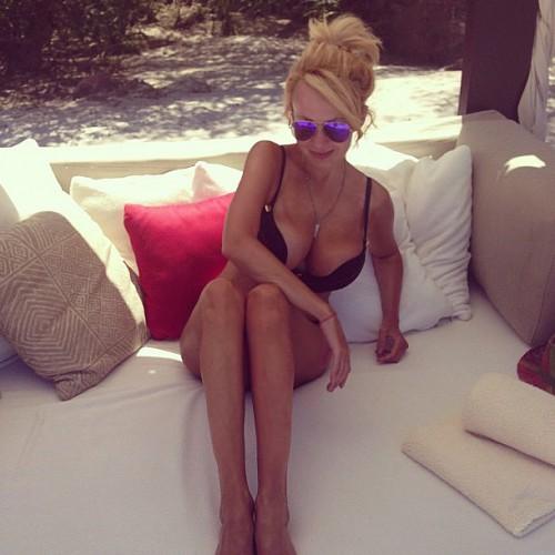 Яна Рудковская показала фото с отдыха в Мексике