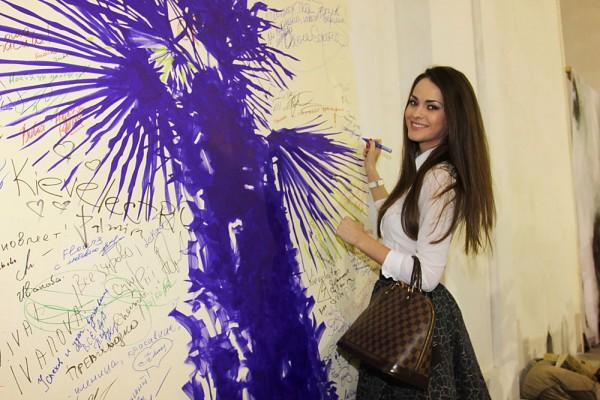 Вице-Мисс Вселенная 2011 Олеся Стефанко