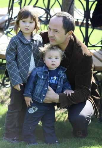 Сергей Тигипко с детьми