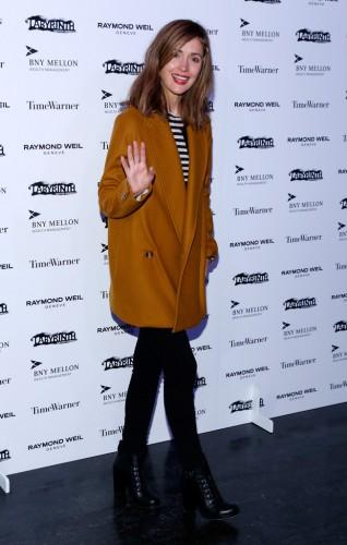 Актриса Роуз Бирн в своем шерстяном пальто выглядит очень элегантно