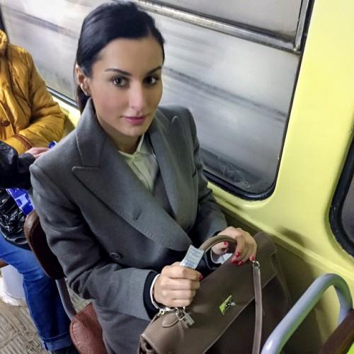 Тина Канделаки проехалась в волгоградском трамвае