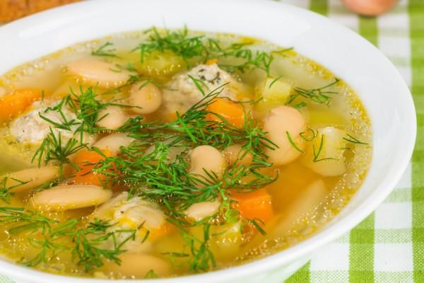 Суп с фрикадельками из курицы