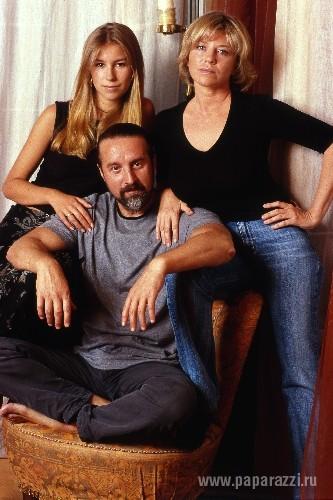 Леонид Ярмольник с женой и дочкой