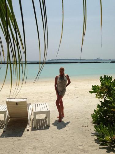 Балерина Анастасия Волочкова снова поехала отдыхать на Мальдивы