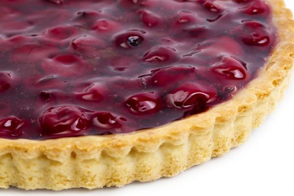 Вишневый пирог из творожного теста