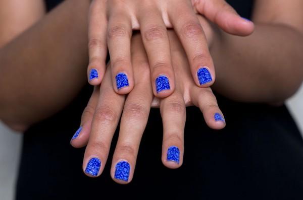 Наклейки для ногтей – простой и дешевый способ получить идеальный маникюр