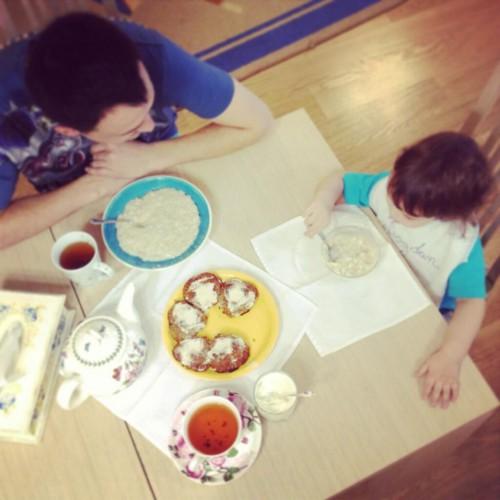 Алена Водонаева показала семейное фото