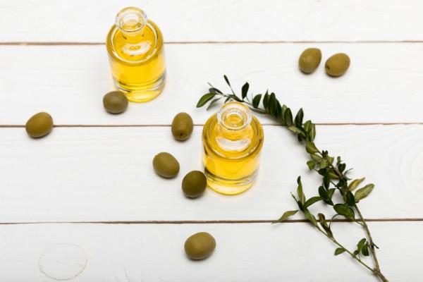 Оливковое масло для лица: как использовать